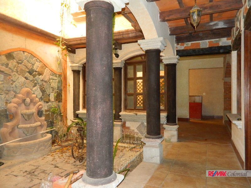 4518 HOUSE FOR RENT IN ANTIGUA GARDENS, ALOTENANGO