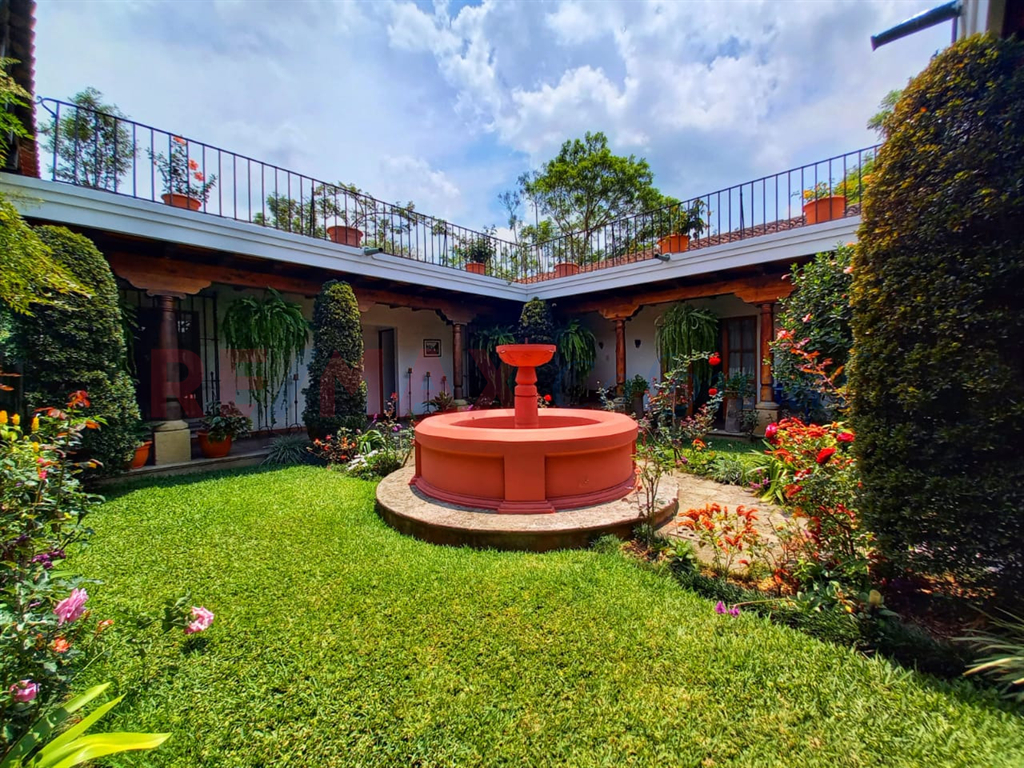 4568 GORGEOUS HOUSE FOR SALE IN ANTIGUA