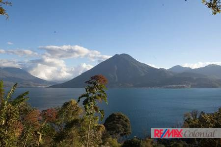 4573 HOUSE FOR SALE IN ECO MOUNTAIN VILLA / LAKE ATITLAN