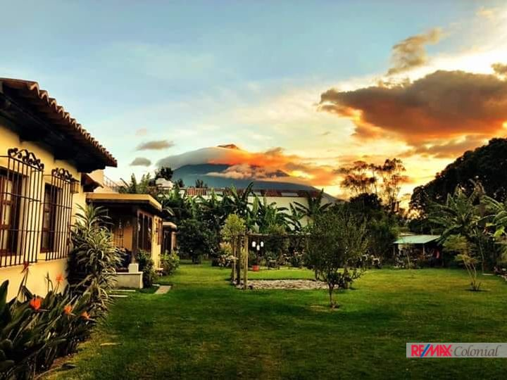 4596 LOVELY HOUSE FOR RENT IN ANTIGUA GUATEMALA