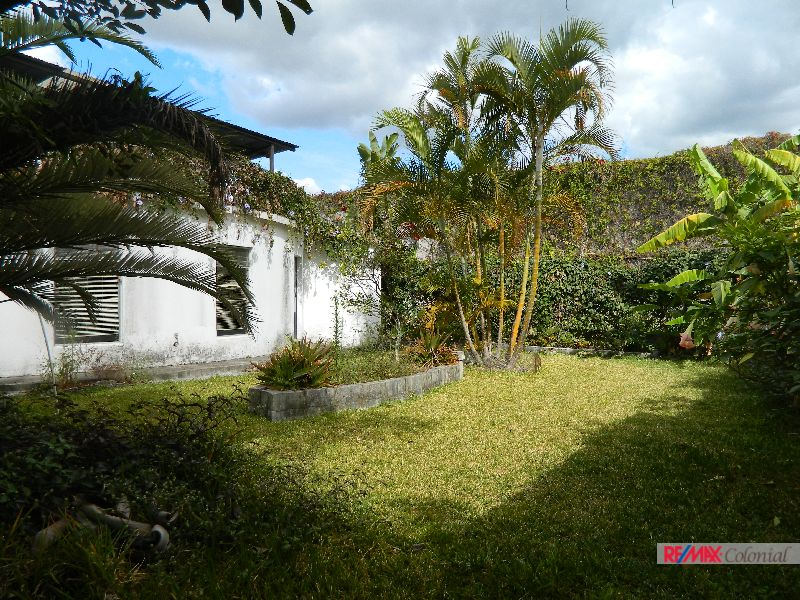 4601 BEAUTIFUL HOUSE FOR RENT IN PANORAMA ( ANTIGUA GUATEMALA )