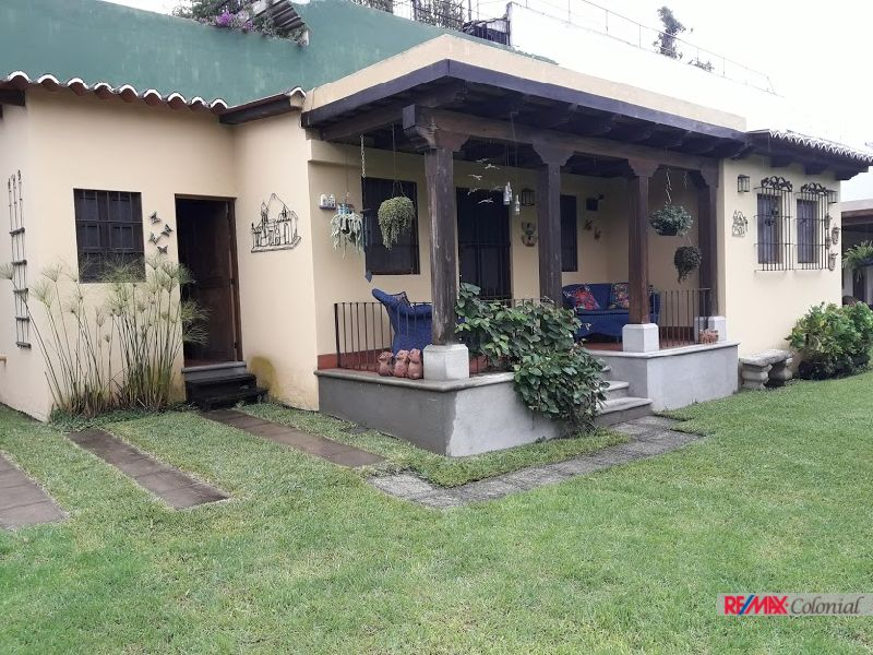 4597 COZY APARTMENT FOR RENT DOWNTOWN OF ANTIGUA GUATEMALA