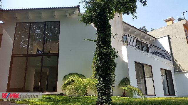 4836 MODERN HOUSE FOR RENT IN SAN LUCAS, ALSO FOR SALE