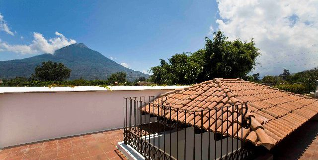 Guatemala, Antigua, Rosseas Project