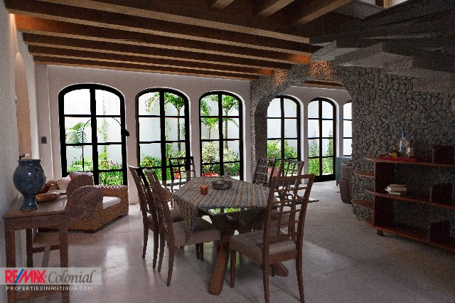 4498 HOUSE FOR SALE IN ANTIGUA ( PANORAMA )