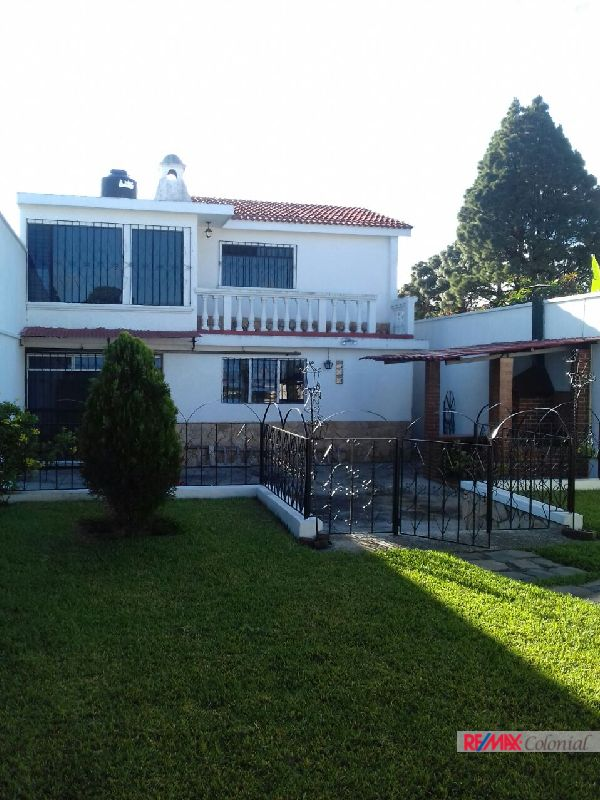 4606  HOUSE FOR SALE IN LOS ALPES SAN LUCAS, SACATEPEQUEZ (As)