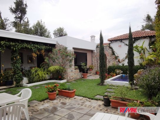 2452 GREAT OPPORTUNITY FOR SALE IN JACARADAS, ANTIGUA GUATEMALA