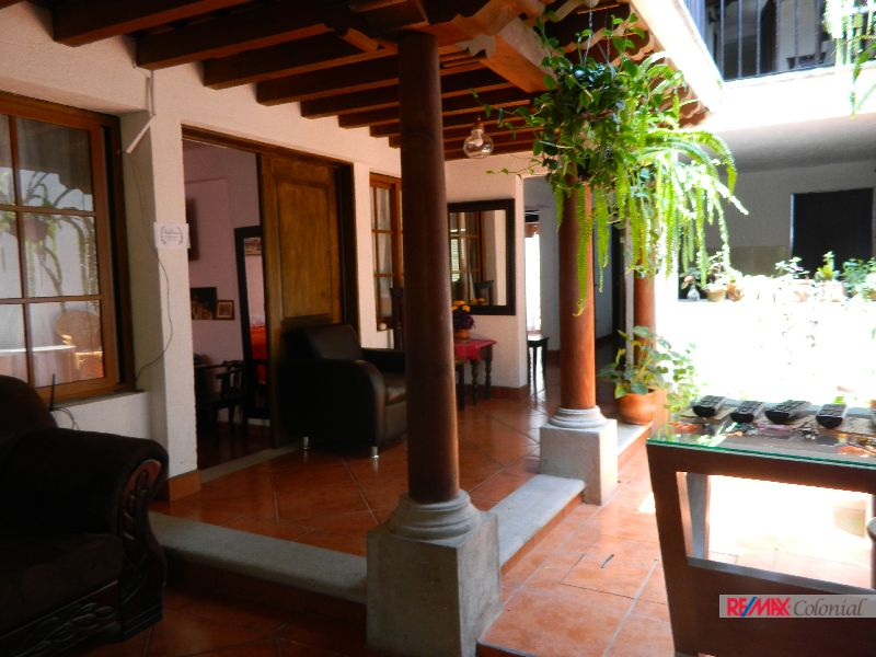 4662 COMMERCIAL HOUSE, IDEAL FOR BOUTIQUE HOTEL, HOSTAL, GUEST HOUSE, OFFICE. (As)