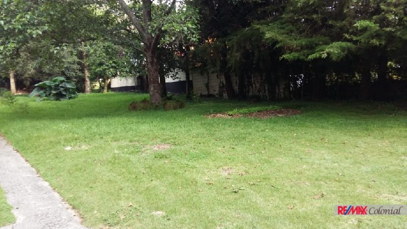 4542 NICE AND SAFE LOT IN CONDOMINIO IN SAN LUCAS SACATEPEQUEZ
