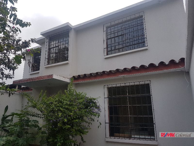 4674 HOUSE FOR RENT IN SAN BARTOLO