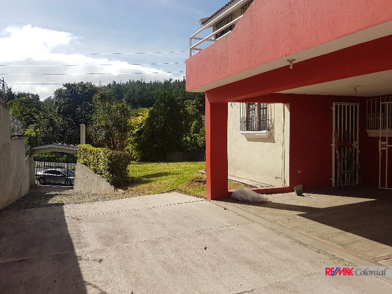 4680 GREAT HOUSE FOR RENT IN THE ROAD TO CHIMALTENANGO
