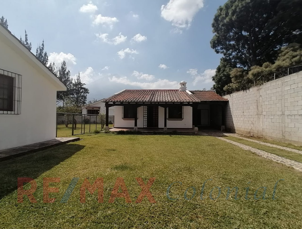 2210 HOUSE FOR SALE IN PANORAMA – CENTRAL OF ANTIGUA