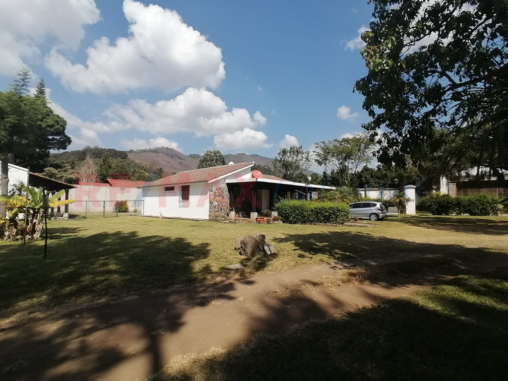2211 ONE LEVEL HOUSE FOR SALE IN PANORAMA, ANTIGUA GUATEMALA
