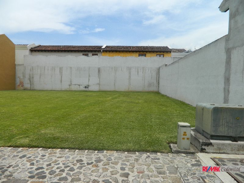 4704 ( C ) NEARBY ANTIGUA READY TO BUILD, BEAUTIFUL LOT FOR SALE