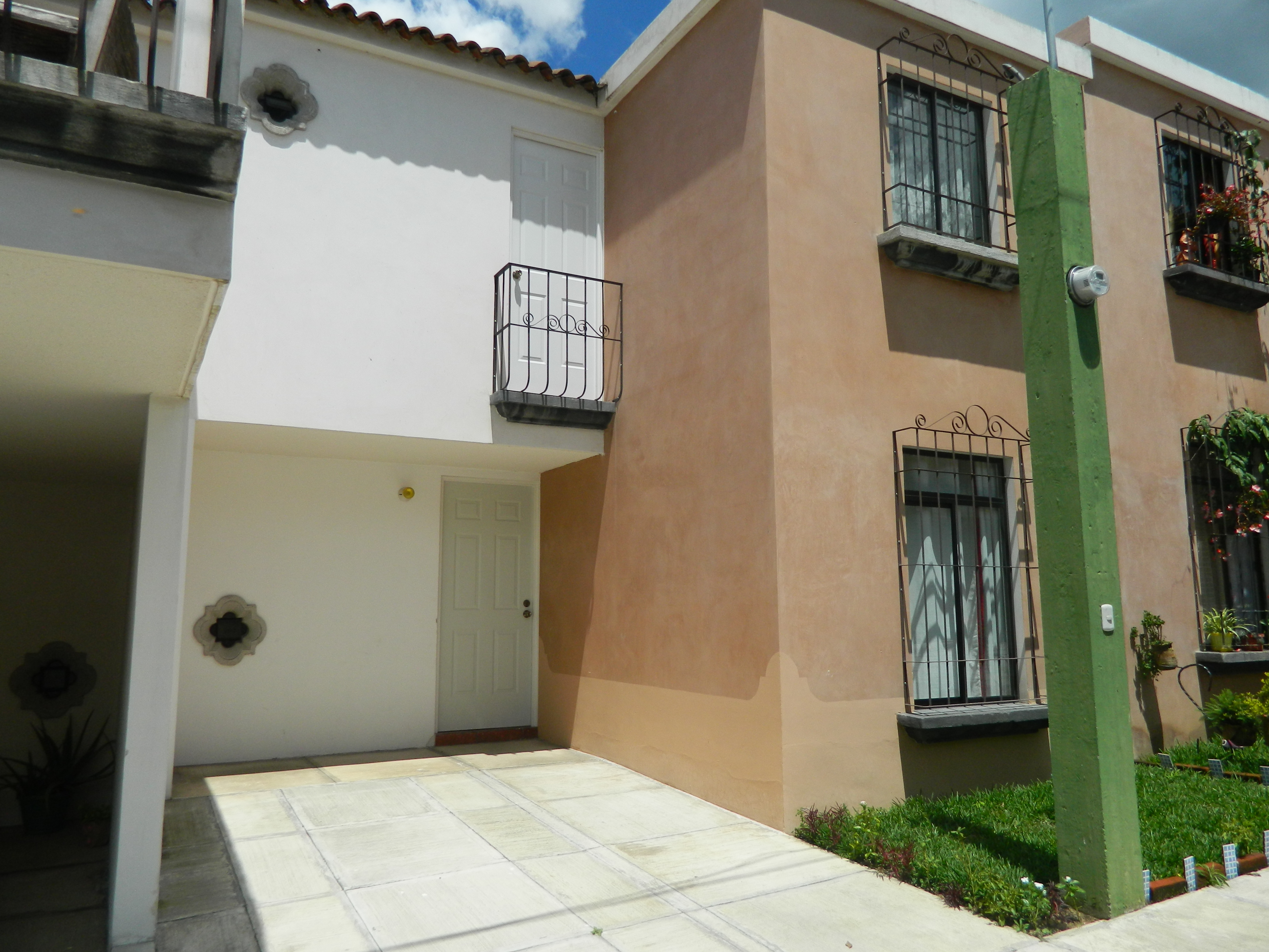 4520  HOUSE FOR SALE IN SAN MIGUEL ESCOBAR
