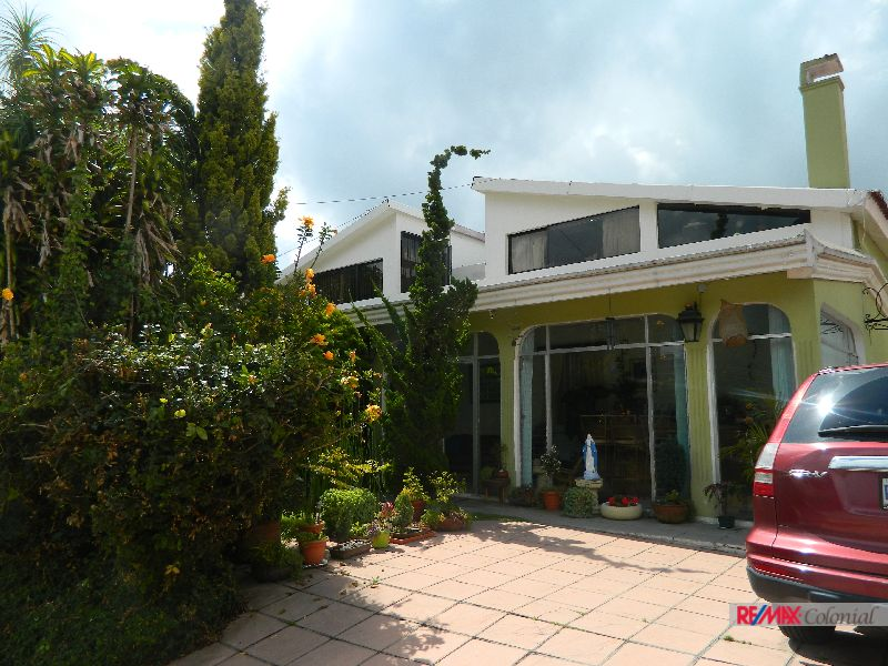 4746 HOME FOR SALE IN SANTA LUCIA (Jb)