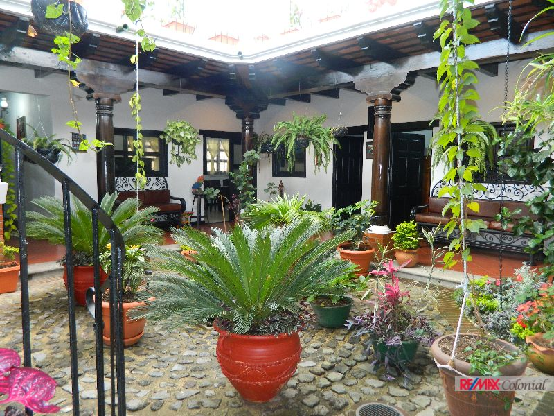 4794 BRAN NEW HOUSE IN THE CENTER OF ANTIGUA, GUATEMALA