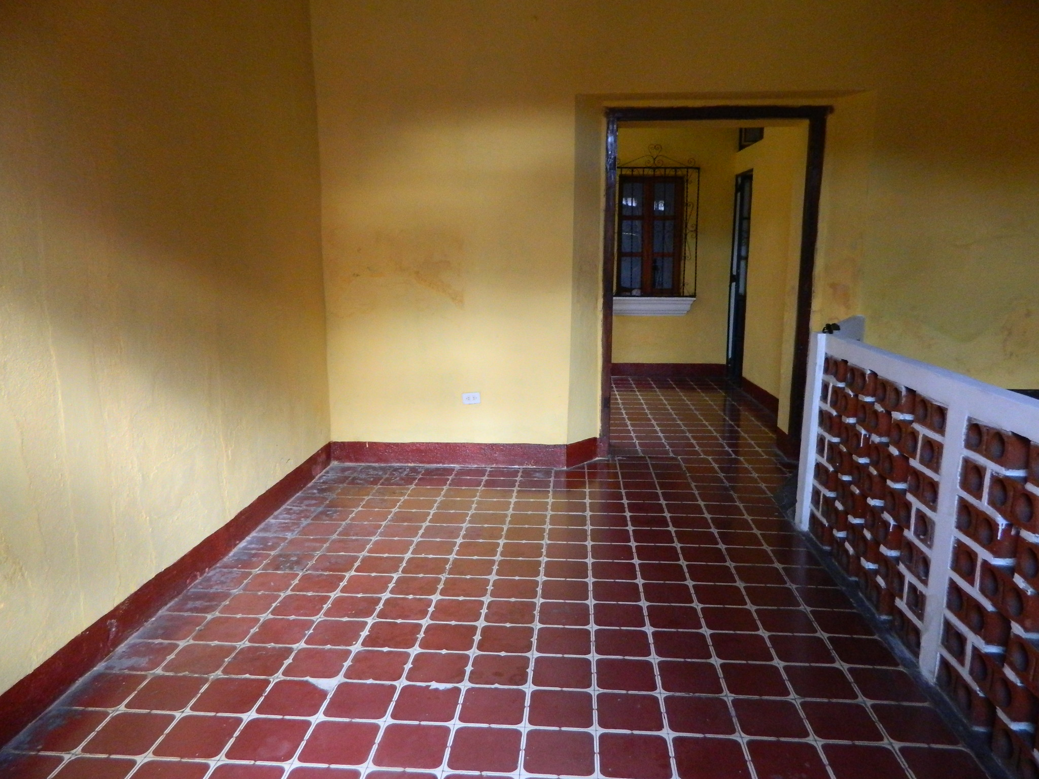 4810 HOUSE FOR RENT – PERFECT FOR BUSINESS OR HOUSING – CASCO DE ANTIGUA GUATEMALA