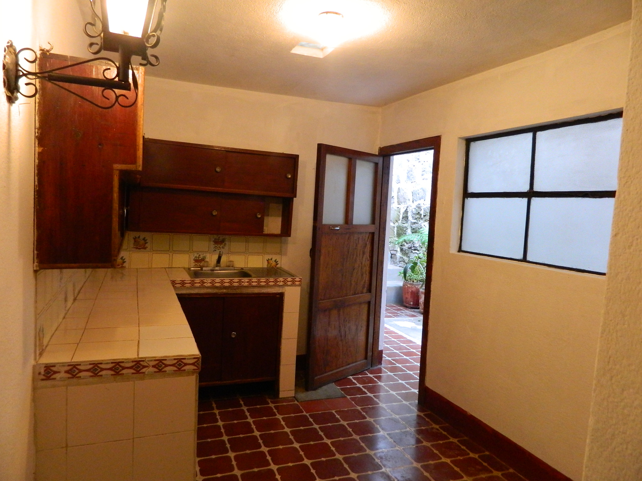 4810 House For Rent Perfect For Business Or Housing
