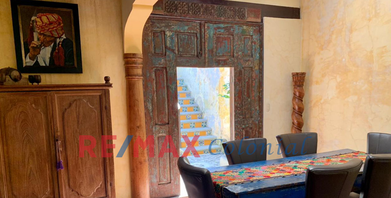 2051 SPECIAL AND UNIQUE PROPERTY ON SALE IN ANTIGUA CENTER
