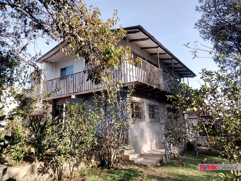 4822 NICE HOUSE AND BIG LOT IN CHIMALTENANGO