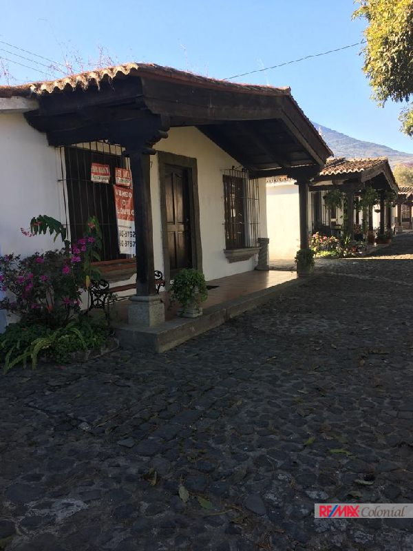 4841 One Level House For Sale In A Complex San Pedro Las