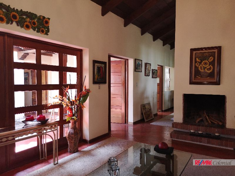 2092  HOUSE FOR RENT IN SAN FELIPE DE JESUS, ANTIGUA GUATEMALA