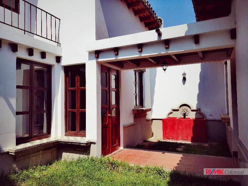 4288 HOUSE FOR SALE IN JOCOTENANGO, ANTIGUA GUATEMALA
