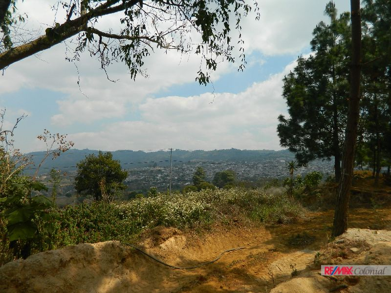 4865 NICE LAND WITH VIEWS WITH ACCESS TO IMMEDIATE ROAD
