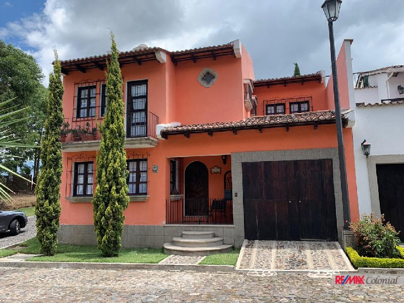 4942 LOVELY HOME IN CONDOMINIO VISTA BELLA, FURNISHED. ( JOCOTENANGO )