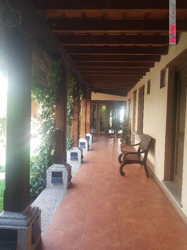 4956 NICE HOUSE FOR RENT IN CONDOMINIUM IN THE CENTER OF ANTIGUA
