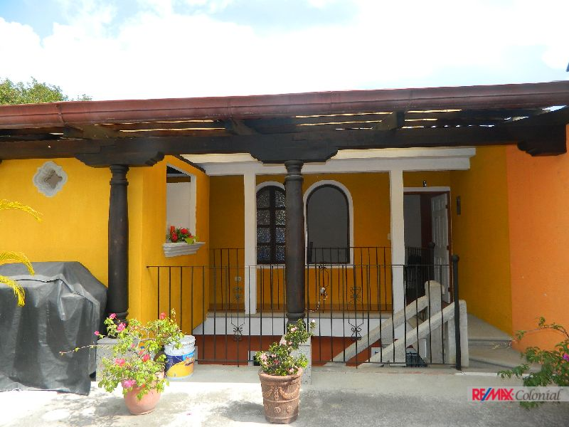 4911 NICE APARTAMENT FOR RENT IN ANTIGUA GUATEMALA (Furnished)
