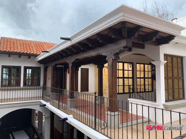 2069 BEAUTIFUL BRAND NEW HOUSE FOR SALE AROUND ANTIGUA GUATEMALA