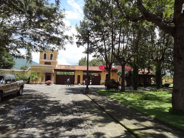 3655 SPECTACULAR LAND FOR SALE, IN A COMPLEX SAN JERONIMO.   2KM FROM ANTIGUA GUATEMALA,