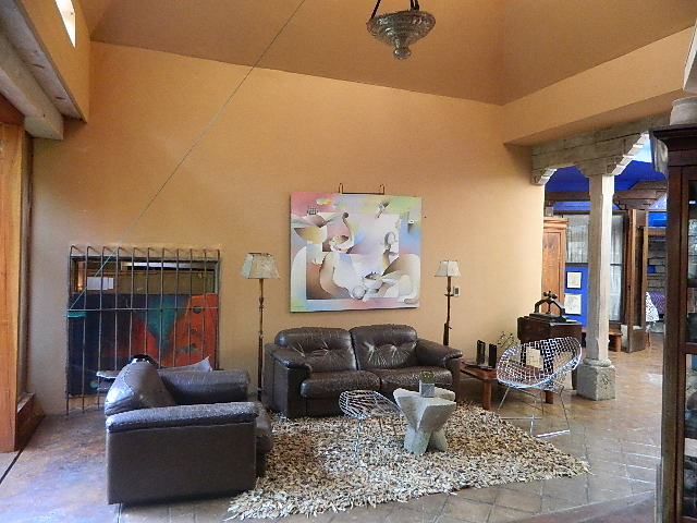 4044 BEAUTIFUL 2 BEDROOM APARTMENT NEAR CERRO DE LA CRUZ