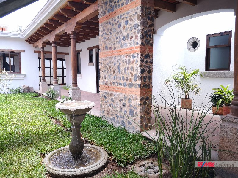4982  HOUSE FOR RENT CLOSE TO ANTIGUA GUATEMALA