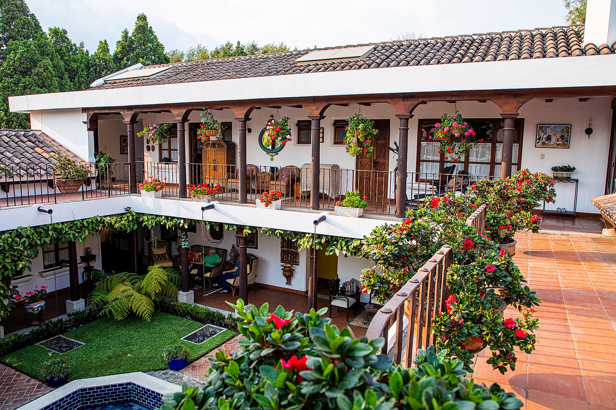 5044  EXQUISITE HOUSE FOR SALE IN ANTIGUA GUATEMALA