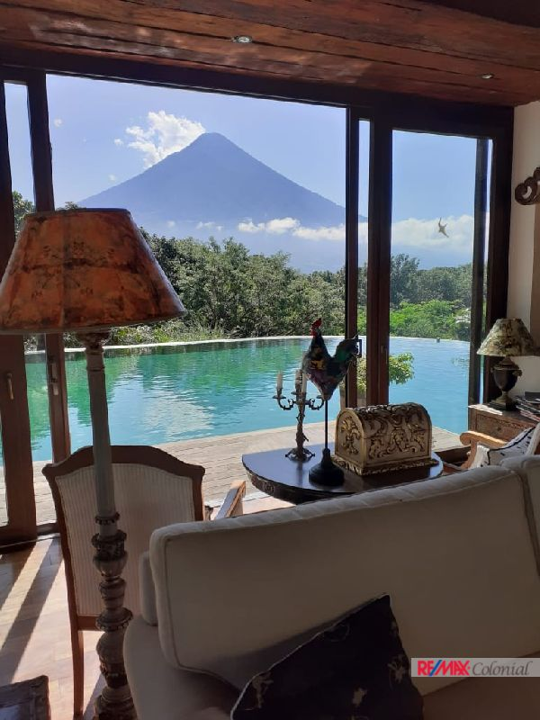 5065 HOUSE ON SALE AT LA REUNION COUNTRY CLUB ANTIGUA