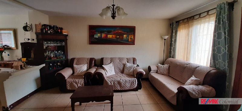 5096 HOUSE FOR SALE IN RESIDENCIALES SAN DIONISIO – PASTORES
