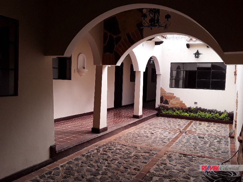 5108 ONE LEVEL HOUSE, UNFURNISHED / JOCOTENANGO (As)