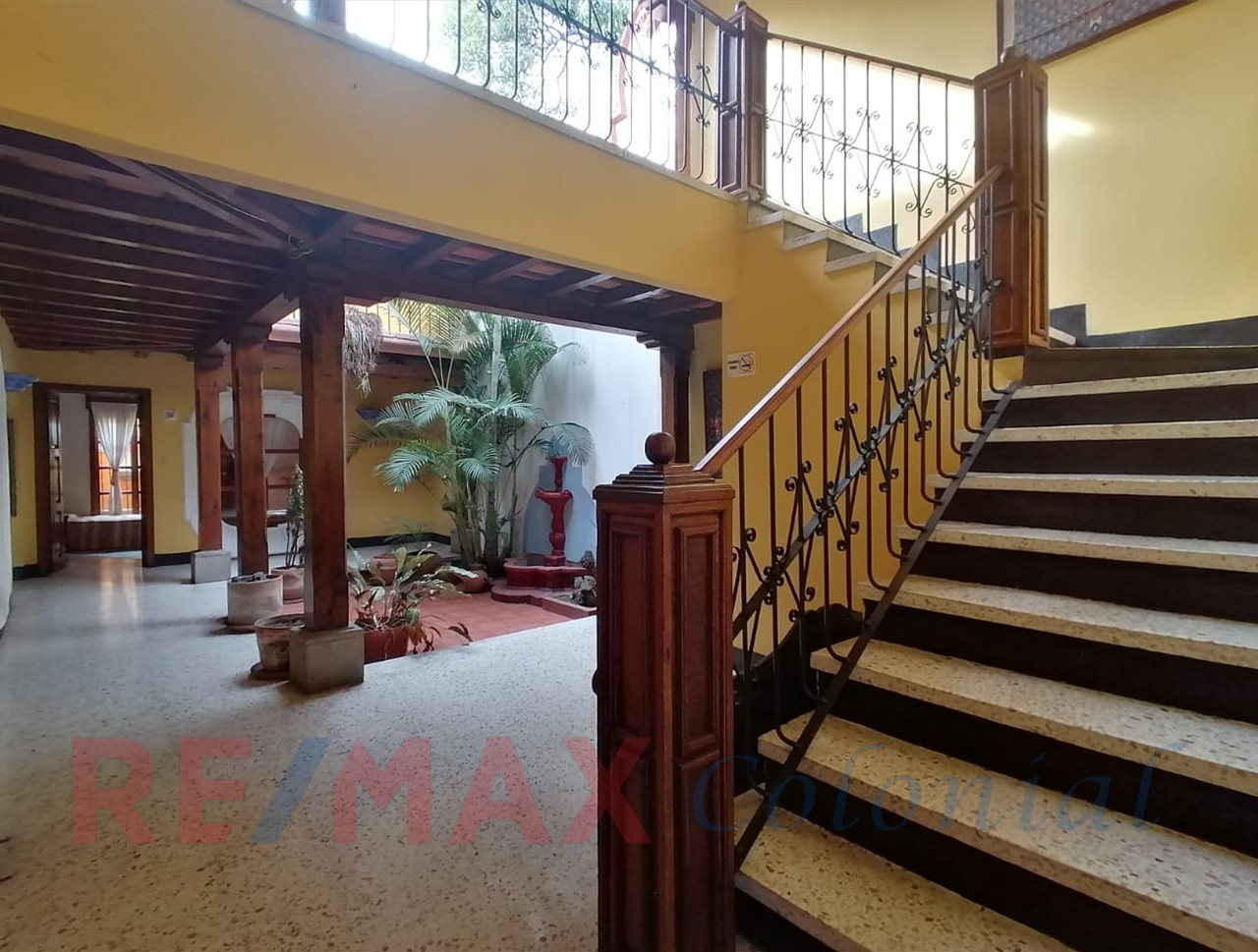 5120 HOTEL FOR RENT IN THE CENTER OF ANTIGUA GUATEMALA