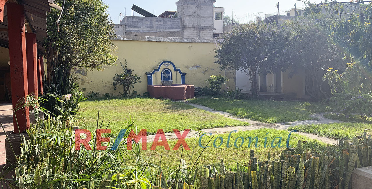 5125 NICE HOUSE FOR RENT IN ANTIGUA GUATEMALA FOR BUSINESS