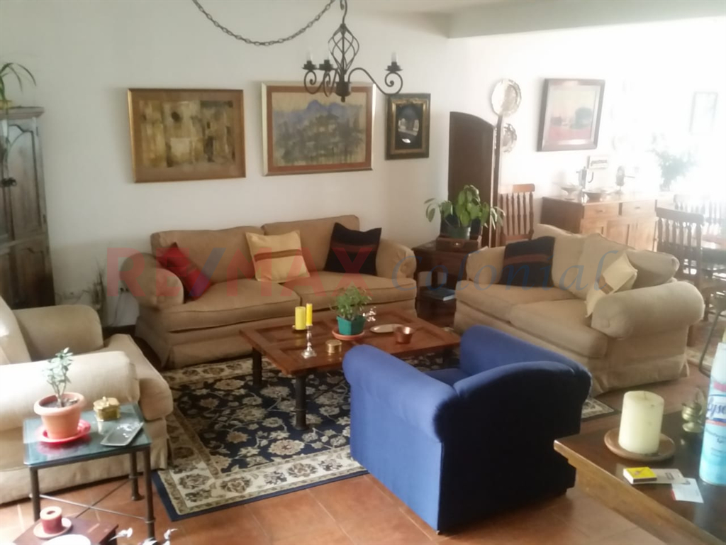5139 GREAT HOUSE FOR SALE IN ANTIGUA GUATEMALA