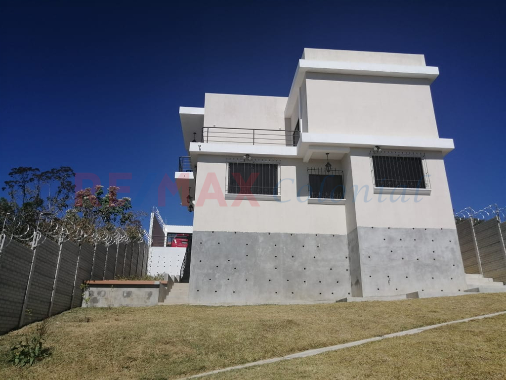5148 AMPLE NEW HOUSE WITH VIEWS FOR SALE, SANTO TOMAS MILPAS ALTAS