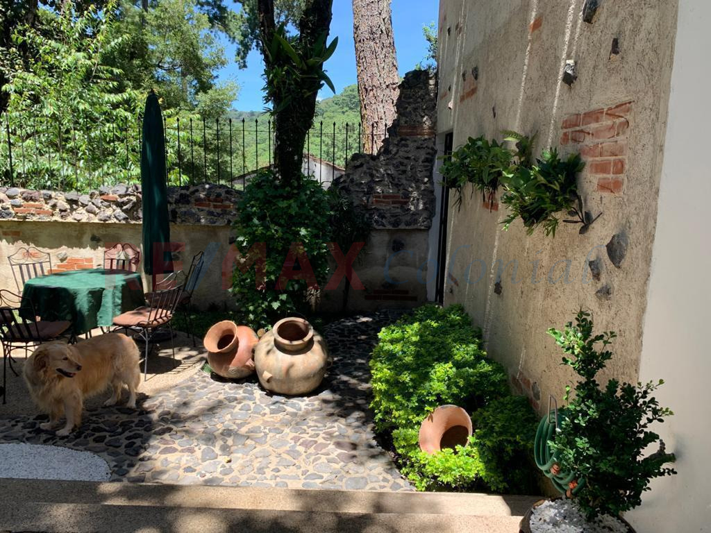 5165 BEAUTIFUL HOUSE FOR SALE ON THE ROAD THAT CAME FROM GUATEMALA TOWARDS ANTIGUA GUATEMALA