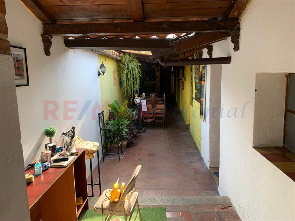 5161 HOUSE FOR SALE IN THE HEART OF ANTIGUA GUATEMALA