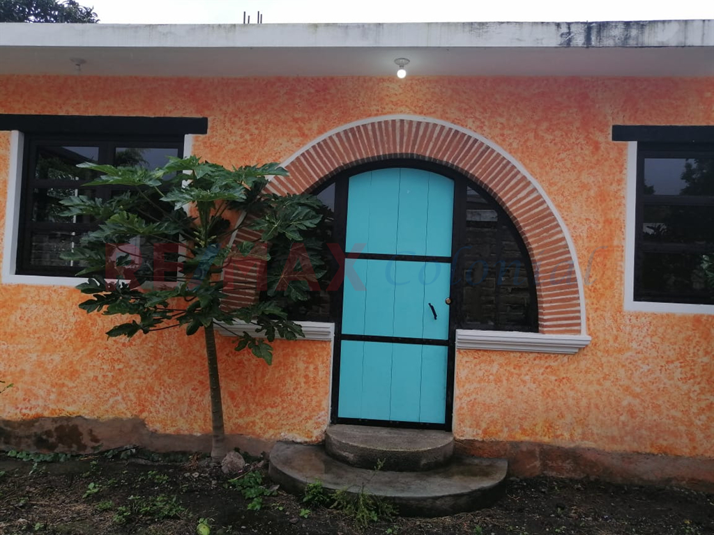 5221 UNFURNISHED HOUSE FOR RENT IN PANORAMA