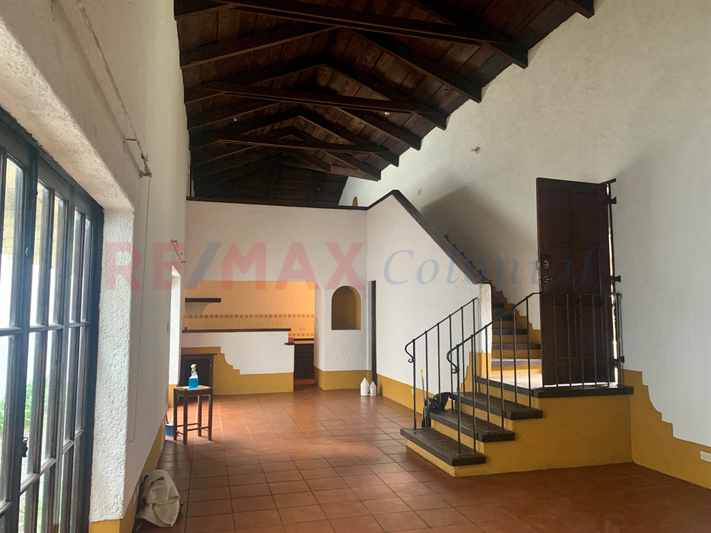 5223 BEAUTIFUL AND NICE APARTMENT FOR RENT IN ANTIGUA GUATEMALA