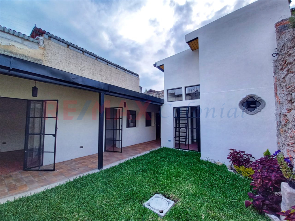 5220 HOUSE FOR RENT IN THE HEART OF ANTIGUA (unfurnished)